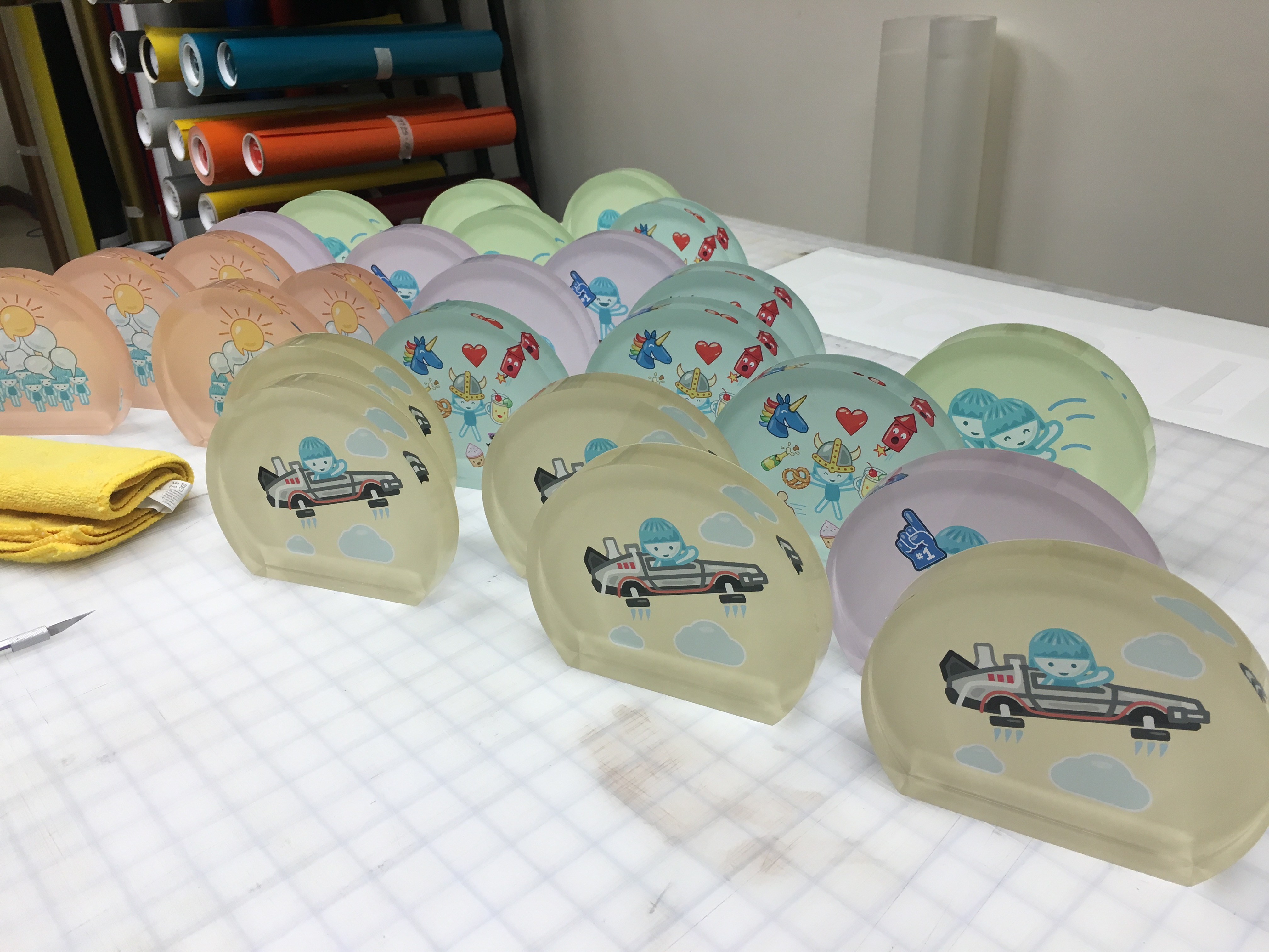 Foursquare Rewards Employees With Acrylic Plaques