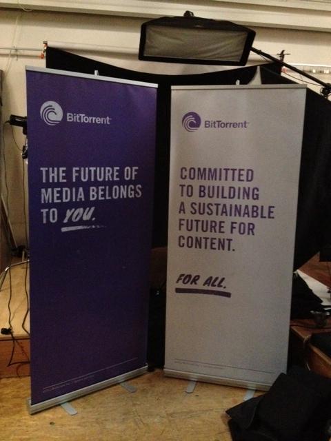 BitTorrent retractable banners